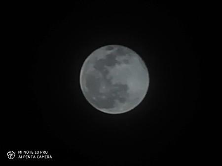 Foto de la Luna tomada con el Xiaomi Mi Note 10 Pro