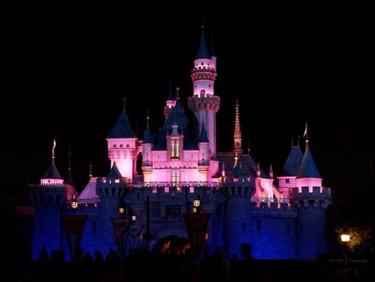 Brote de sarampión en Disneyland: se pide no visitar el parque a los niños no vacunados