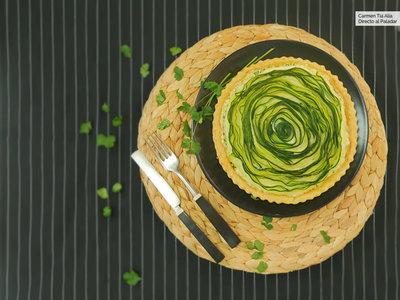 Quiche de espiral de calabacín y queso ricotta. Receta con vídeo