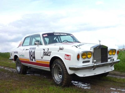 El Toyota FJ45 disfrazado de Rolls-Royce que corrió el Dakar en 1981