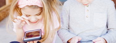 Cómo adaptar un teléfono para que lo usen los niños: configuraciones y apps recomendadas