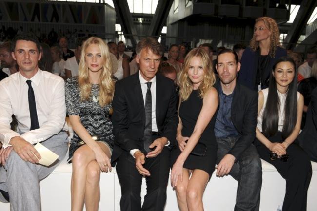 Kate Bosworth y Poppy Delevigne se van de desfile con Hugo Boss