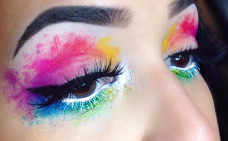 El maquillaje de acuarelas es la nueva tendencia beauty que convierte nuestro rostro en una obra de arte