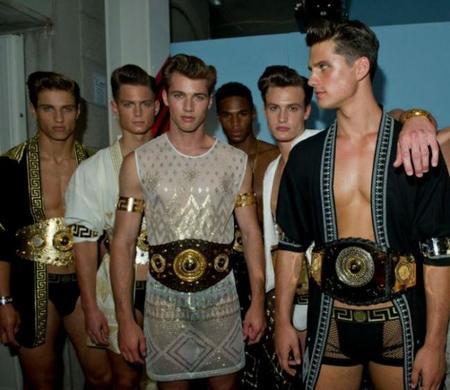 Versace Primavera-Verano 2013, en la Semana de la Moda Masculina de Milán