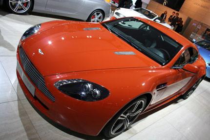 Aston Martin V8 Vantage N400, la otra novedad en Frankfurt