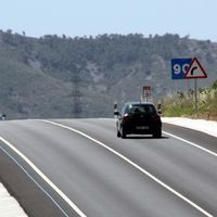 El Gobierno cifra en 2.000 millones de euros el déficit en conservación de carreteras y propone el pago por uso