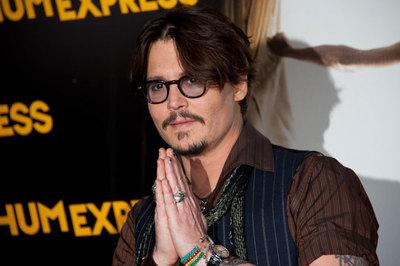 Johnny Depp es premiado por la CFDA como icono de moda. ¿En serio?