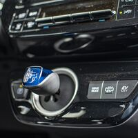 Las cinco zonas donde se acumula más suciedad en un coche de segunda mano que hay que revisar