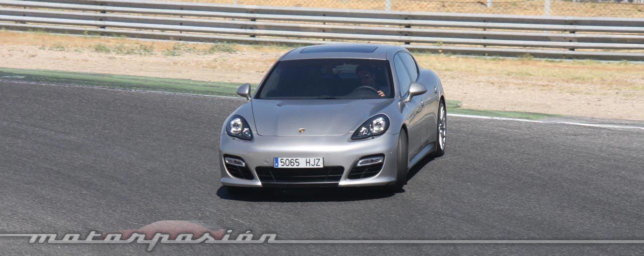Foto de Porsche Panamera GTS (Prueba) (93/135)