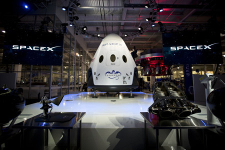 SpaceX Dragon v2, el taxi del espacio del creador de Tesla