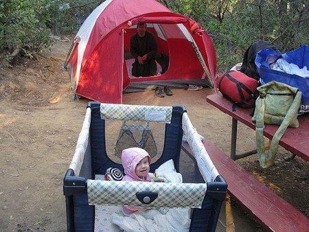 Viajar con niños: alojamiento en camping y casas rurales