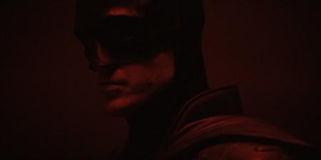 El nuevo Batman en la piel de Robert Pattinson: por fin podemos ver, y en video, al nuevo caballero de la noche