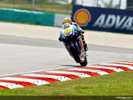 Valentino Rossi lanzado a por la novena corona: pole y nuevo récord absoluto en Sepang
