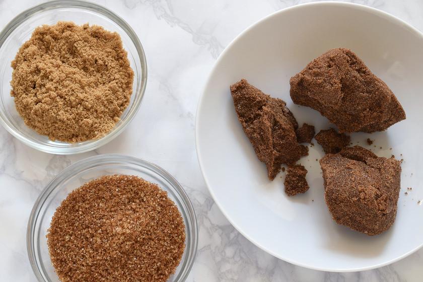 ¿Azúcar moreno duro como una piedra? Trucos para ablandarlo que funcionan