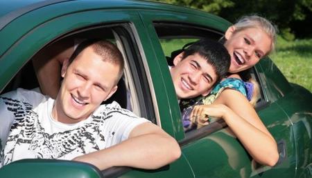 La Universidad de Valencia calcula el ahorro de carburante que supondría compartir coche