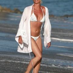 Foto 19 de 31 de la galería famosas-en-bikini-2009-segunda-parte en Poprosa