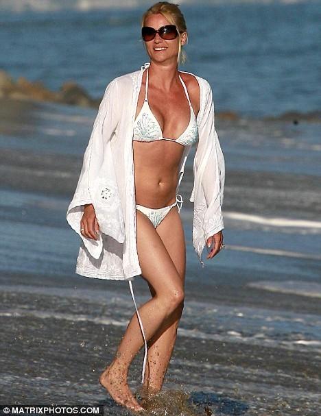 Foto de Famosas en Bikini 2009 - Segunda Parte (19/31)