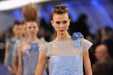Chanel Alta Costura Primavera-Verano 2012: aterriza como puedas, Karly