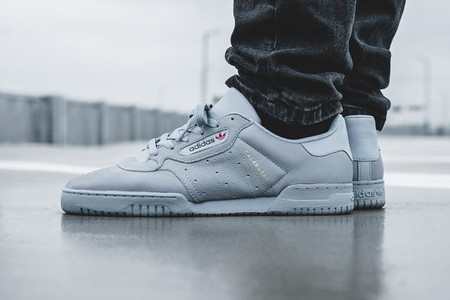 Adidas Yeezy Powerphase Grey 2 02
