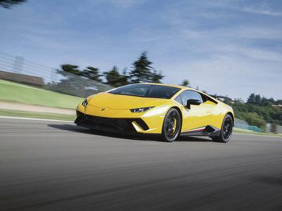 Lamborghini investiga el uso de materiales compuestos para prótesis médicas