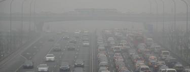 El debate sobre los coches eléctricos en España: altas expectativas y discursos de humo sobre la descarbonización