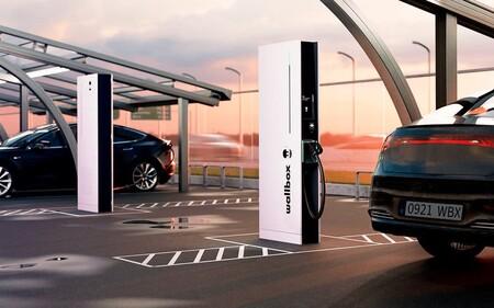 Wallbox permitirá cargar el coche eléctrico en menos de 15 minutos con Hypernova, su estación de carga pública más avanzada con hasta 350 kW