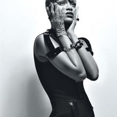 Foto 5 de 8 de la galería rihanna-en-w-magazine en Poprosa