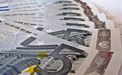 Las pagas de niños y niñas se resienten un 38% con la crisis