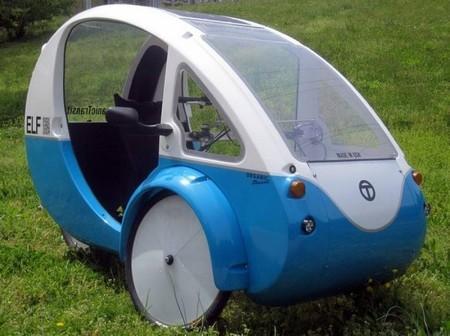 El triciclo eléctrico ELF ya rueda por las calles de Estados Unidos