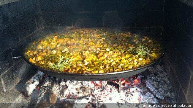 Paella, mejor con fuego - acabada