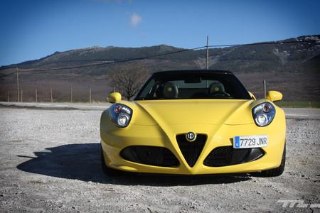 Alfa Romeo 4C Spider 11