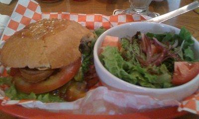 Papá Estado no quiere que comamos hamburguesas
