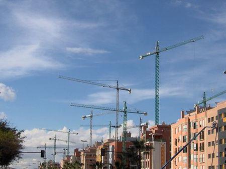 Sexto Salón Inmobiliario del Mediterráneo, vender o morir