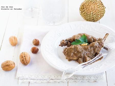 Conejo en salsa de nueces, receta saludable y baja en grasas para Navidad