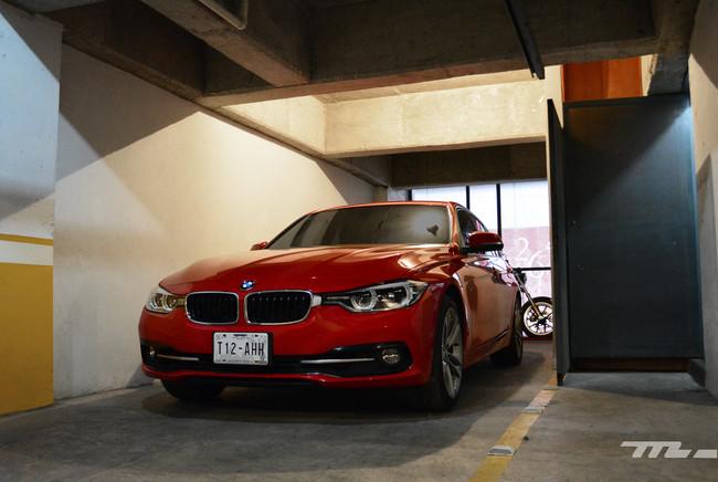 BMW 318i, el de tres cilindros, esta semana en el garaje de Usedpickuptrucksforsale