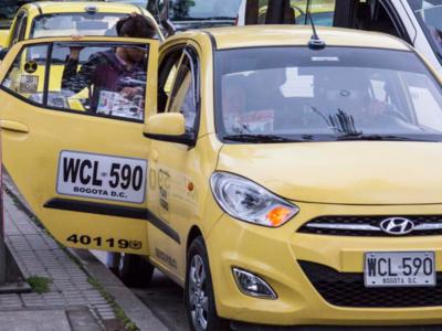 Suben las tarifas de taxi en Bogotá: esto costará usar la aplicación para celulares