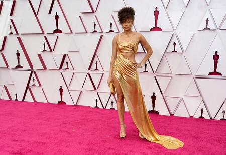 Andra Day se viste de estatuilla para la gala de los Oscar 2021 y triunfa
