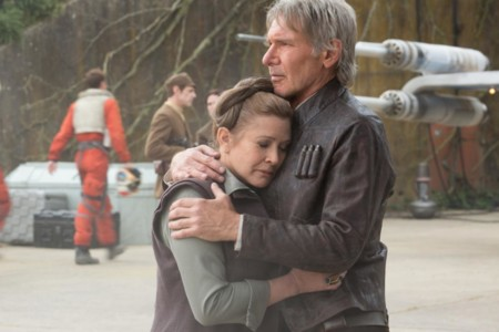 Han Leia Hugging Force Awakens