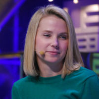 Yahoo no venderá sus acciones de Alibaba, y ya tiene un primer comprador para su negocio online