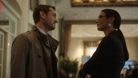 Jude Law y Catherine Zeta-Jones en una imagen de la película de Soderbergh