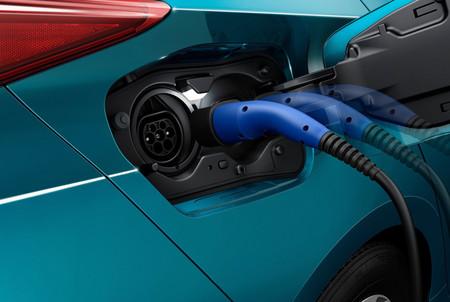 Toyota, Mazda y Denso unen fuerzas para el desarrollo de vehículos eléctricos