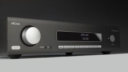 Arcam muestra al SA30, su nuevo amplificador integrado para los amantes del sonido estéreo