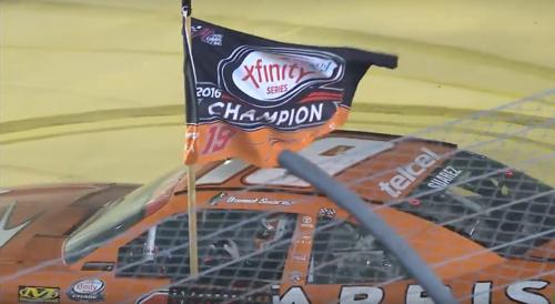 Daniel Suárez de primer mexicano con victoria en la NASCAR, a  primer campeón mexicano de la Xfinity
