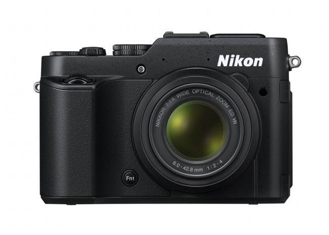 Nikon COOLPIX P7800, nueva compacta avanzada de bolsillo con visor integrado.