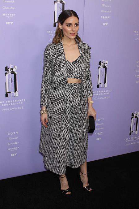 Las horquillas de Olivia Palermo y otros cuatro looks de los Fragrance Foundation Awards 2018