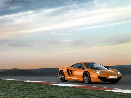McLaren MP4-12C Qualified
