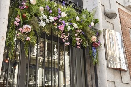 La primavera se cuela en la fachada del Hotel Vincci