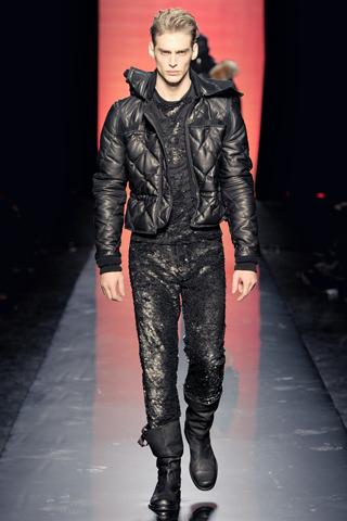 Foto de Jean Paul Gaultier Otoño-Invierno 2011/2012 en la Semana de la Moda de Paris (30/40)