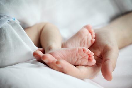 Nace el primer bebé con anticuerpos de Covid de una madre vacunada en el embarazo