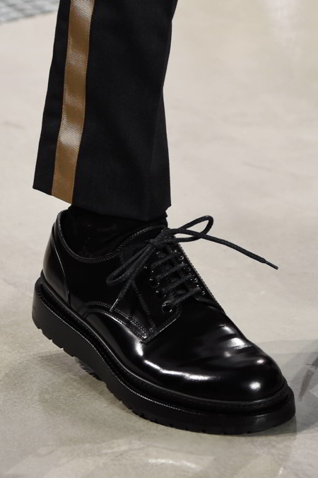 ¡Alerta! Los zapatos derby desplazan a las chelsea boots como el calzado del otoño